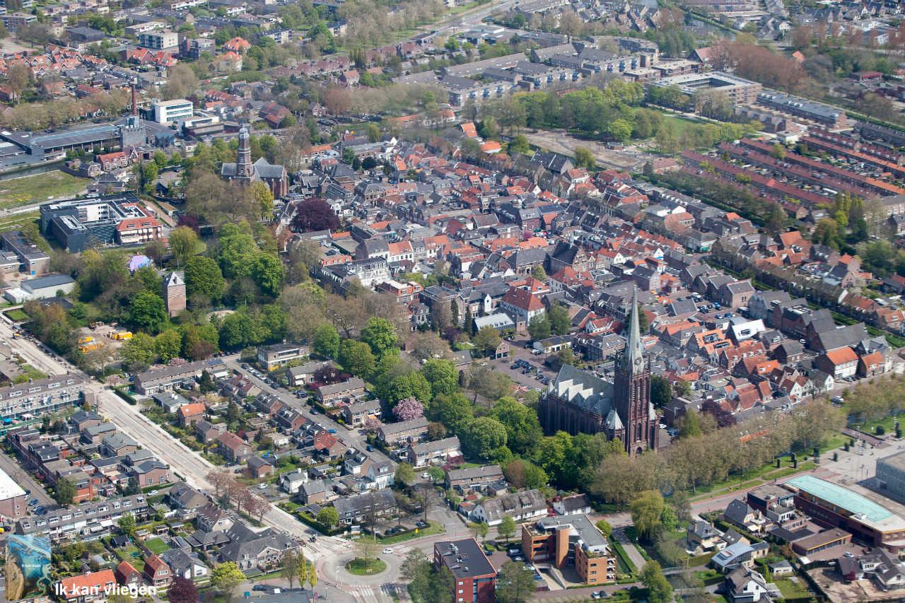 Luchtfoto van de binnenstad en omgeving van IJsselstein