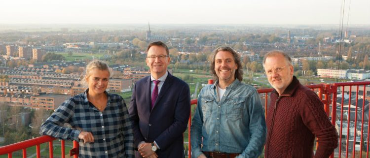 Vier van de acht juryleden van Fotowedstrijd IJsselstein 2017 - foto Marieke-Gaymans