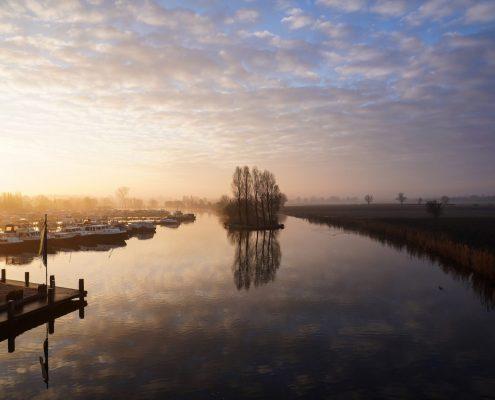 Nummer 7 Fotowedstrijd IJsselstein 2018 - Casperina van 't Pad - Marnemoende bij ochtendlicht
